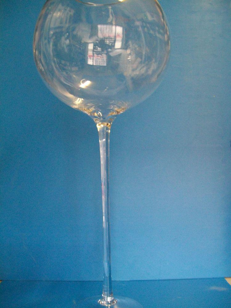 calicione in vetro per esposizione