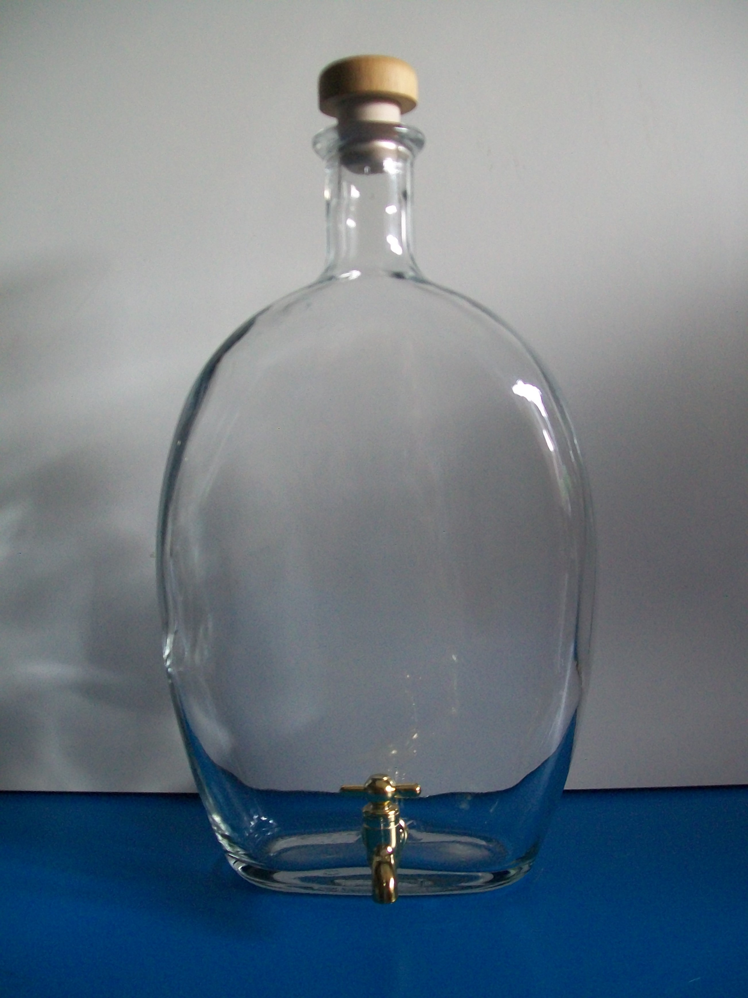 bottiglia cl 150 con rubinetto