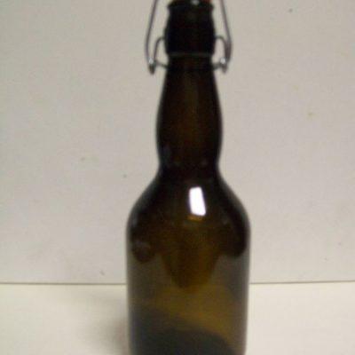 Bottiglia birra-vino .