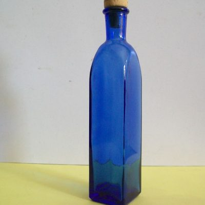 Botticino blu quadro.
