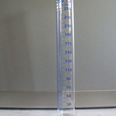 Cilindro graduato 250 ml.