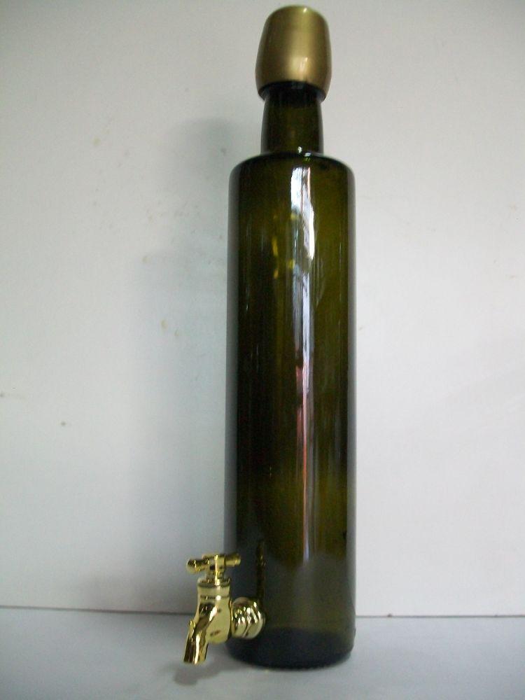 Bottiglia olio con rubinetto.
