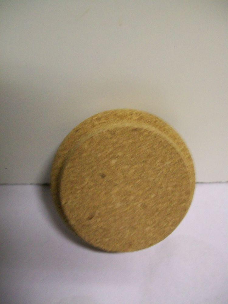 Tappo cm 7 diametro.